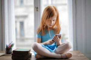 electronic devices in children